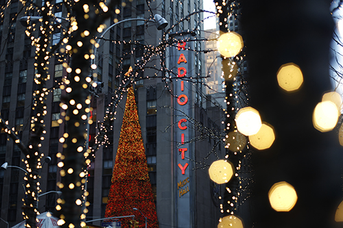 Midtown Christmas © NYC & Company/Joe Buglewicz