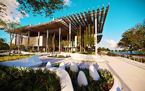 Perez Art Museum. Photo by Greater Miami Convention and Visitors Bureau